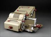 preciosa-calculadora-brunsviga-13-rk-fabricada-en-los-anos-50-muy-bien-conservada-y-funcionando